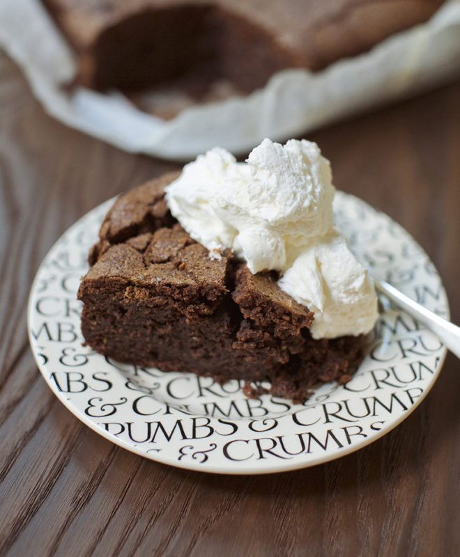 Flourless chocolate-hazelnut cake