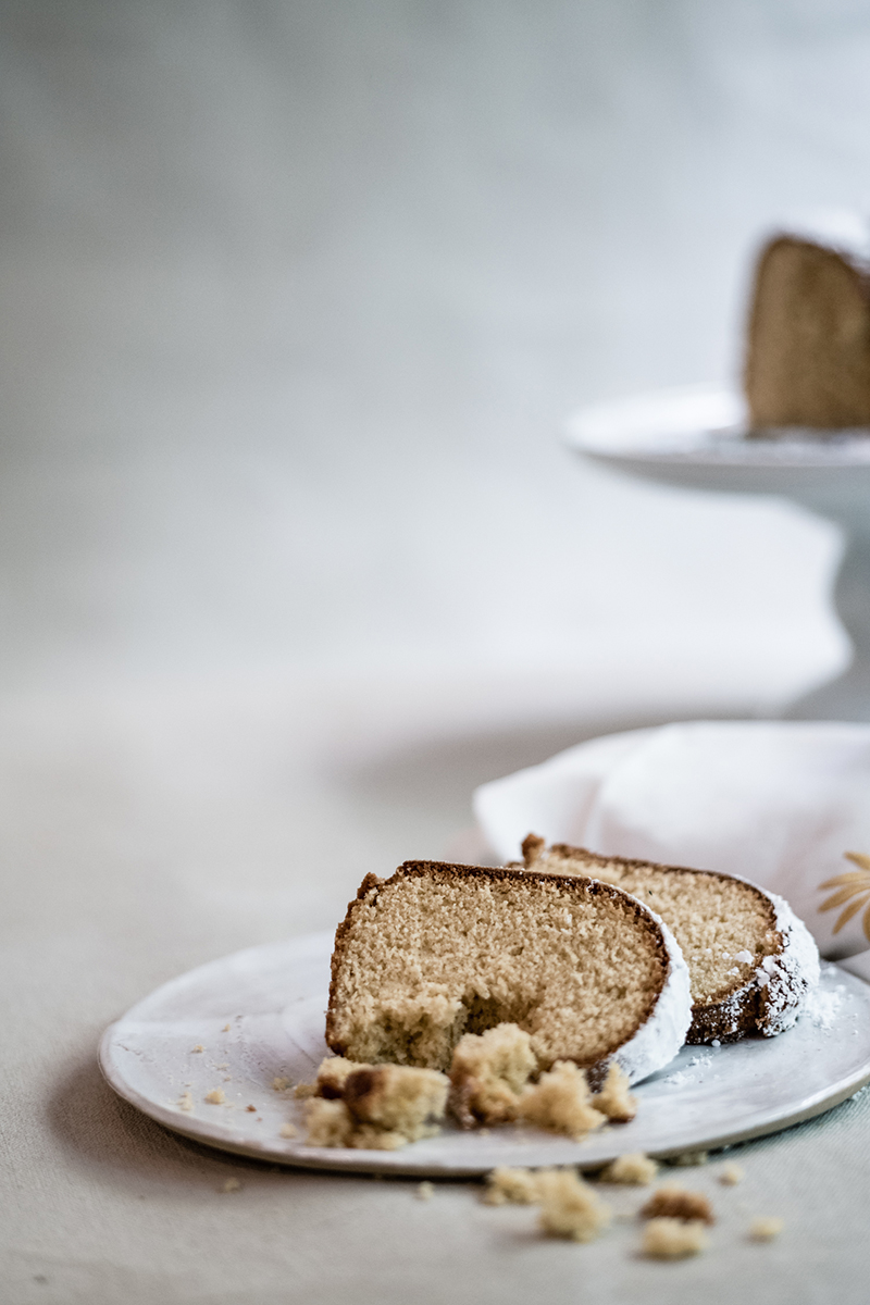 Lemon & Ginger Cake with Almonds
